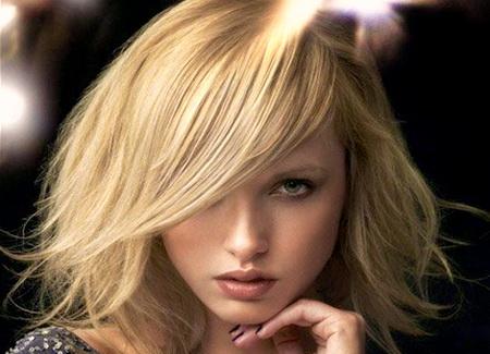 Модные женские стрижки для средней длины волос